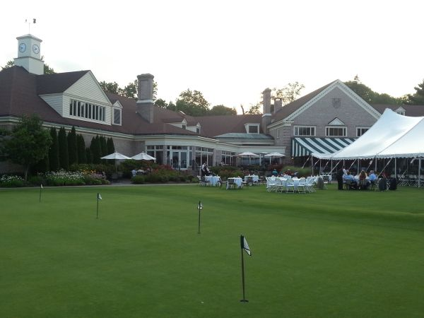 Cllubhouse surround at the Country Club of Rochester.  (Photo - www.golfbytourmiss.com)