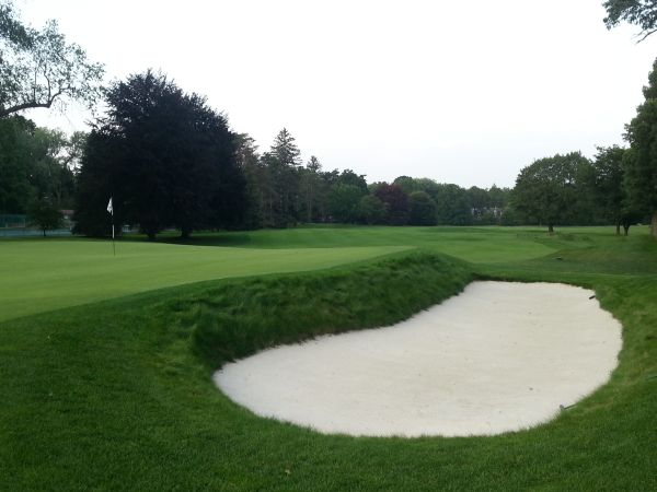 View from behind the 18th green.  (Photo - www.golfbytourmiss.com)