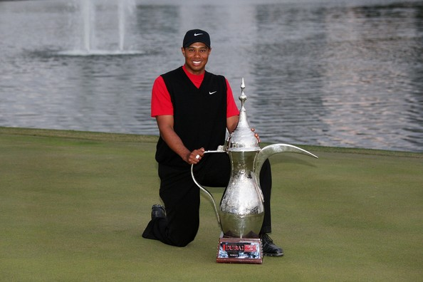 Tiger Woods winning a second Dubai Desert Classic title in 2008.  (Photo - www.golfbytourmiss.com)