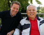 Newly appointed Association of Writers Captain, Peter Dixon with Mr. Su, Vice-President, Tianma Golf Club.