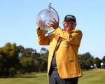 Peter Senior be omes the oldest winner of the Australian Masters.