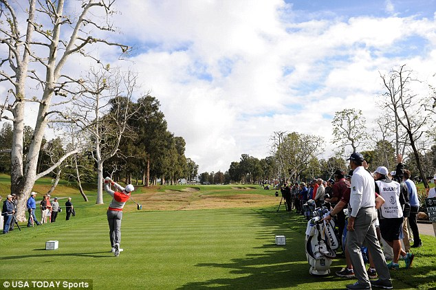 Rory McIlroy on route to a round of 67 day one 2016 Northern Trust Open. (Photo - USA Today)