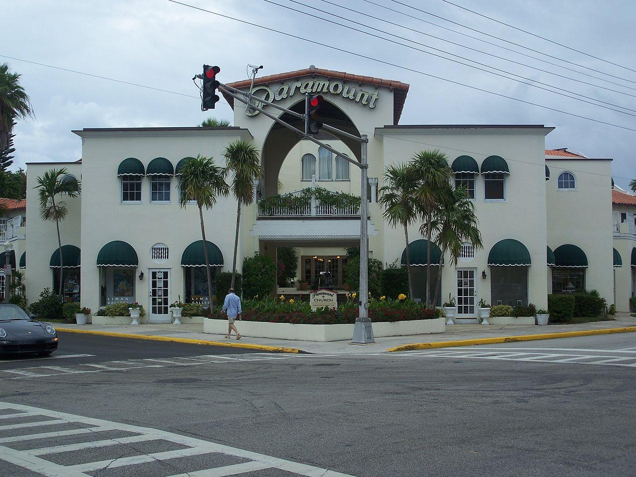Movie theater in oviedo florida